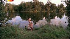 Голая попа Ольги Будиной в сериале «Граница: Таежный роман» фото #1