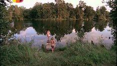Голая попа Ольги Будиной в сериале «Граница: Таежный роман» фото #2