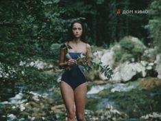 Молодая Ольга Кабо оголила сиськи в сериале «Поражение» фото #5