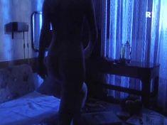 Ольга Погодина показала голую попу в сериале «Курортный роман» фото #1