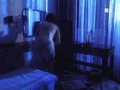 Ольга Погодина показала голую попу в сериале «Курортный роман» фото #4