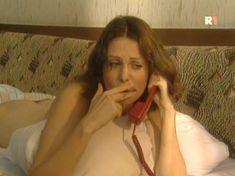 Ольга Погодина показала голую попу в сериале «Курортный роман» фото #13