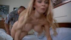 Полностью голая Сандра Вайлд в фильме «Мрачный закат» фото #6