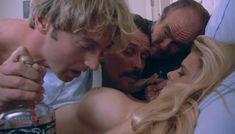 Полностью голая Сандра Вайлд в фильме «Мрачный закат» фото #8