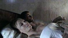 Голая грудь Светланы Смирновой в фильме «Четырнадцать цветов радуги» фото #2