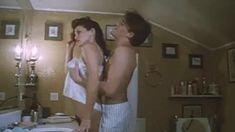 Полностью голая Серена Гранди в фильме «Ночная женщина» фото #2
