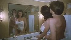 Полностью голая Серена Гранди в фильме «Ночная женщина» фото #3
