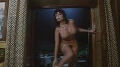 Полностью голая Серена Гранди в фильме «Ночная женщина» фото #37