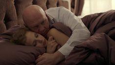 Софья Лебедева засветила грудь в сериале «Бывшие» фото #6