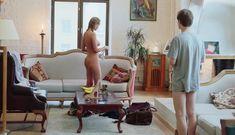 Софья Синицына снялась голой в фильме «Как я стал...» фото #7
