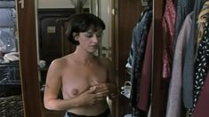 Тереза Бродска показала голую грудь в фильме «Двойная роль» фото #5