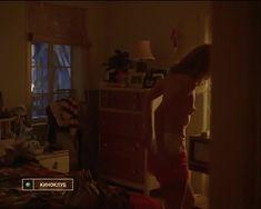 Голая грудь Тери Гарр в фильме «От всего сердца» фото #21