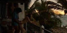 Горячая Тесса Иа снялась голой в сериале «Нарко: Мексика» фото #14