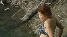 Эльвира Болгова оголила грудь и попу в сериале «Близнецы» фото #24