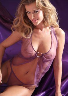 Джоанна Крупа в эротическом белье Bon Prix фото #1