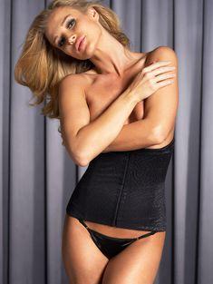 Джоанна Крупа в рекламе нижнего белья фото #7