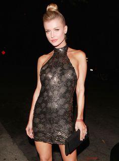 Джоанна Крупа в миниатюрном платье фото #1