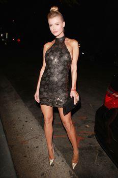 Джоанна Крупа в миниатюрном платье фото #2