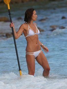 Майлин Класс в мокром купальнике в Таиланде фото #25