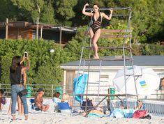 Соблазнительная Майлин Класс купается в Кейптауне фото #13