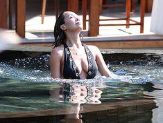 Сочный бюст Майлин Класс в бассейне Тайланда фото #17