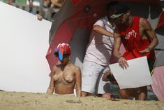Голая грудь Рианны на фотосессии в Рио фото #1