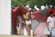 Голая грудь Рианны на фотосессии в Рио фото #6