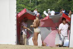 Голая грудь Рианны на фотосессии в Рио фото #7