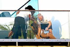Голая попка Рианны на фотосессии в Голливуде фото #16