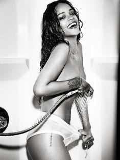 Рианна в откровенной фотосессии для Esquire фото #4