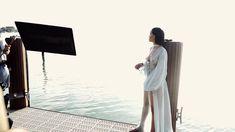 Рианна топлесс на съемке клипа Needed Me фото #9