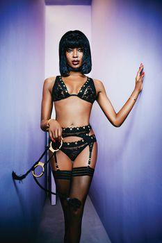 Наоми Кэмпбелл в рекламе нижнего белья Agent Provocateur фото #1