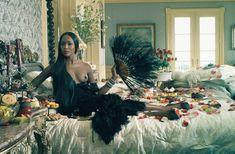 Горячая Наоми Кэмпбелл разделась для журнала Vogue фото #2