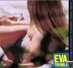 Голая грудь Дженнифер Энистон на пляже в Мексике фото #3
