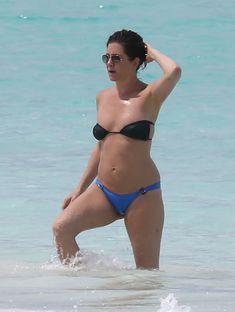 Горячее тело Дженнифер Энистон в бикини на Багамах фото #5