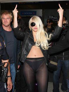 Леди Гага в стрингах и прозрачных колготах фото #3