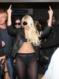 Леди Гага в стрингах и прозрачных колготах фото #4