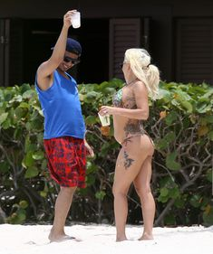 Красотка Леди Гага на пляже в Багамах фото #1