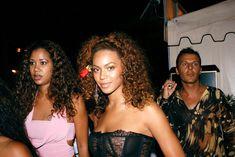 Голый засвет Бейонсе в прозрачном платье фото #10