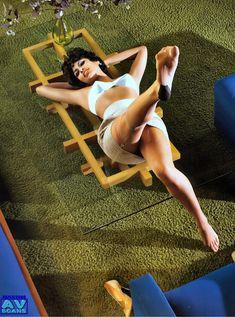 Голая грудь Евы Мендес в журнале Vogue фото #10