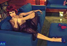 Голая грудь Евы Мендес в журнале Vogue фото #18