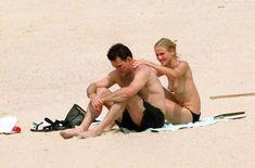 Голая грудь Камерон Диаз на пляже Сен-Барте фото #15