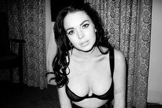 Линдси Лохан в эротической фотосессии Терри Ричардсона фото #1