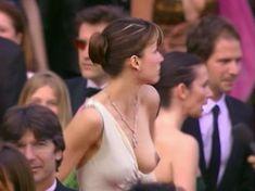 Софи Марсо засветила грудь на Каннском кинофестивале фото #4