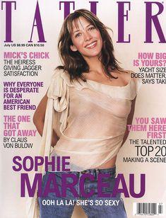 Софи Марсо показала соски в журнале Tatler фото #1
