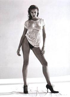 Секси Хайди Клум в мокрой футболке в журнале AnOther фото #1