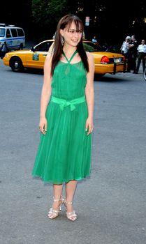 Засвет Натали Портман в платье фото #3
