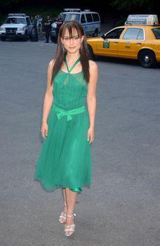 Засвет Натали Портман в платье фото #4