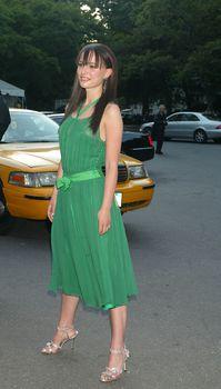 Засвет Натали Портман в платье фото #5