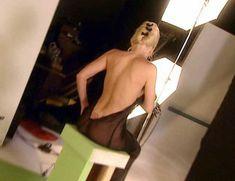 Голая Анна Николь Смит в фильме «Секреты Анны-Николь Смит» фото #33